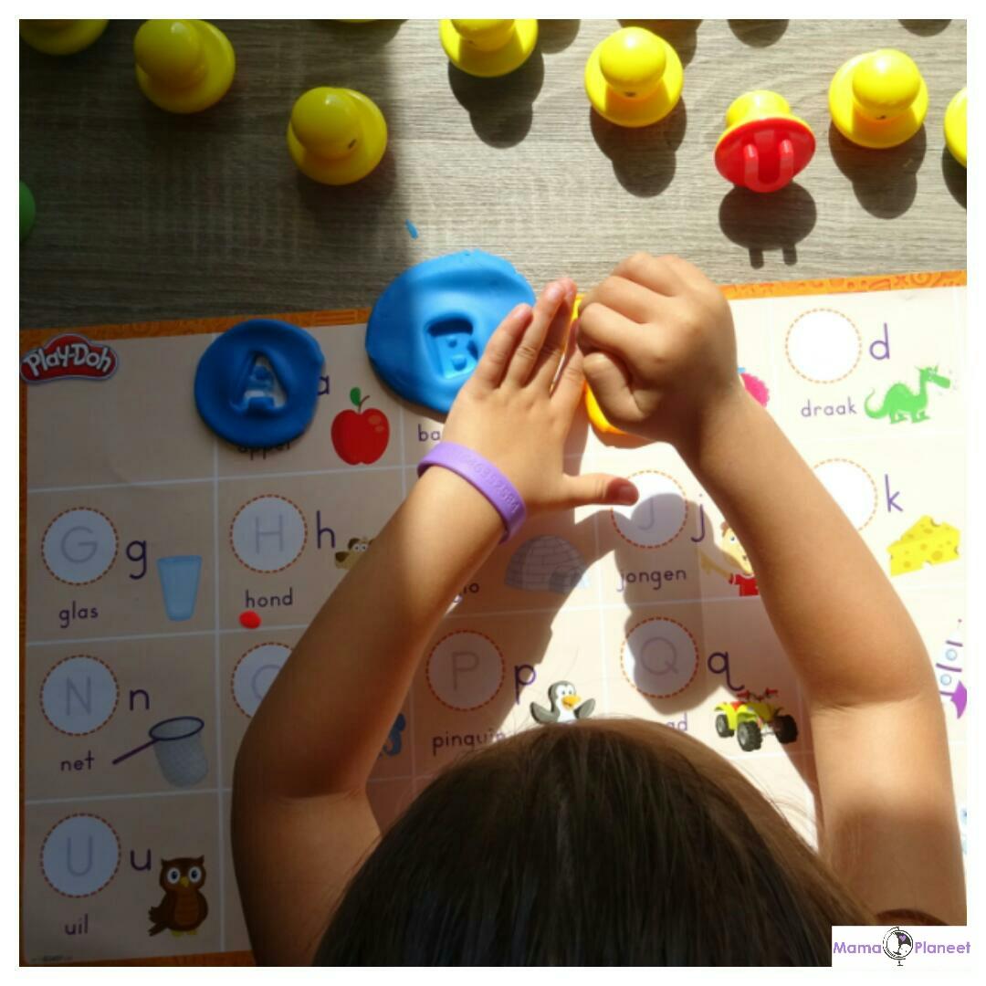 Play-Doh Spelen & Leren – Letters & Taal