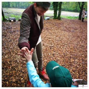 Cas de Ranger geeft kind een high five