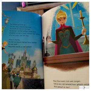 Makkelijk lezen met Disney : Frozen : Het verhaal van Anna en Elsa