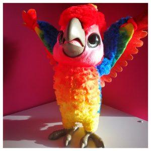 kleurrijke showbizzvogel van Furreal