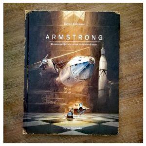 Armstrong, een avontuurlijke reis van een maan naar de maan