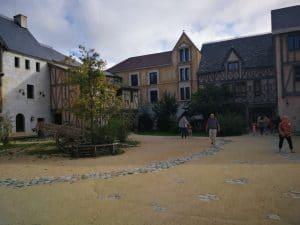 binnenplaats La Citadelle kasteel hotel puy du fou overnachten in een kasteel frankrijk vandee