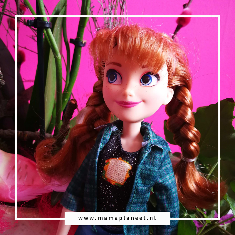 Disney Princess Comfy Squad Anna uit Frozen
