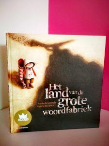 het land van de grote woordfabriek bekroond kinderboek