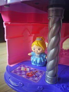 prinses nora magisch lichtkasteel vrolijke vriendjes