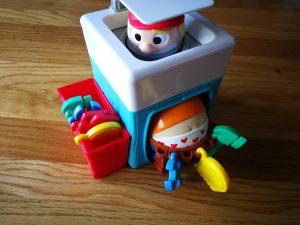 Bob Bilnaad hilarisch kinderspel met een loodgieter, een gereedschapskist en water
