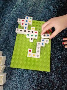 Hubelino domino 4 op een rij