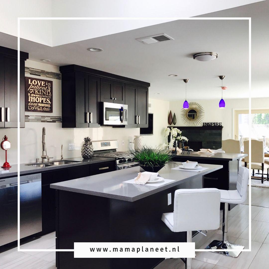zwarte keuken of hoekkeuken; keukenopstelling kiezen tips MamaPlaneet.nl