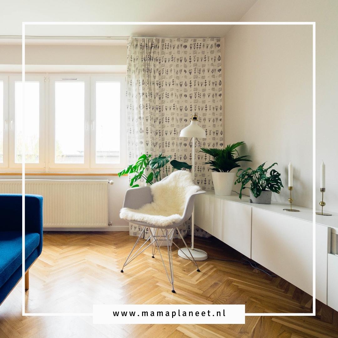 Houten vloer visgraat patroon met vloerverwarming tips MamaPlaneet.nl
