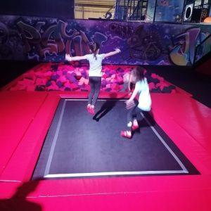 trampolinepark Jump-In, klimmuur Climb-In en indoor speelparadijs Kids-In in 1 in The Wall Utrecht bij Play-In