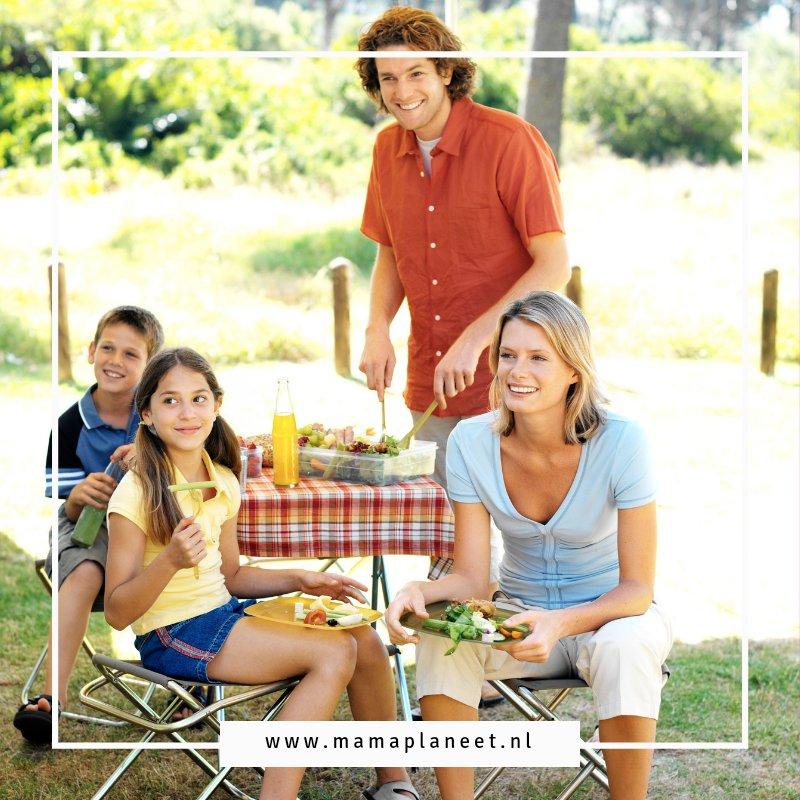 Kamperen met kinderen: praktische tips en handige checklist inpaklijst vakantie met baby, peuter, kleuter, tiener MamaPlaneet.nl
