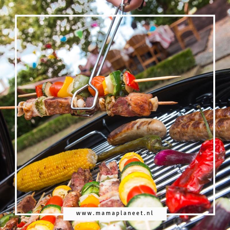 barbecue aanschaf tips, bbq boodschappen lijst, schoonmaken en lekker barbecueën mamaplaneet.nl