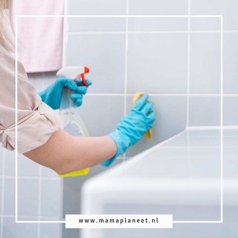 Badkamer schoonmaken en kalkaanslag verwijderen MamaPlaneet.nl