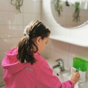 Mondhygiene kind: tandenpoetsen leuk maken en Waterpik WP-260 Nano waterflosser voor kinderen review mamaplaneet.nl