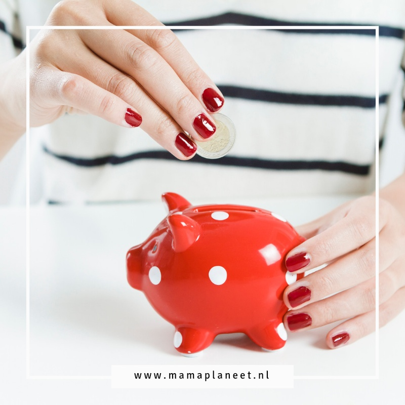Geld besparen op abonnementen tips MamaPlaneet.nl