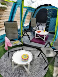 4 persoons familietent Coleman castle pines 4l Blackout Bedroom review MamaPlaneet.nl