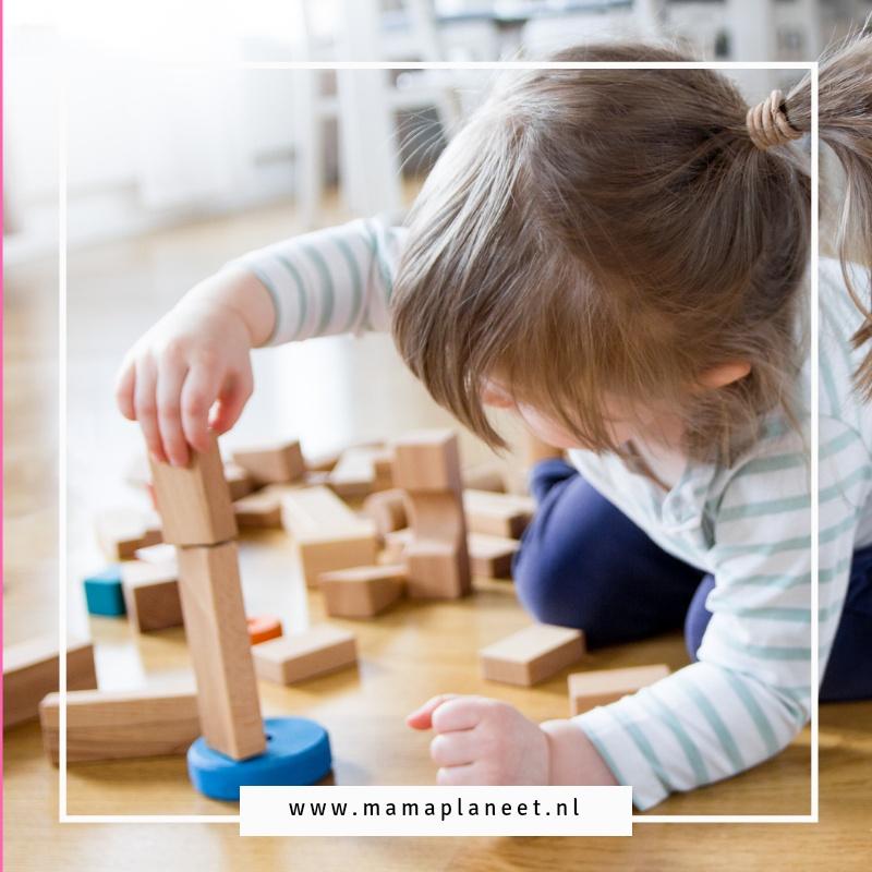 Houten speelgoed kopen tips veilig voordelen mamaplaneet.nl